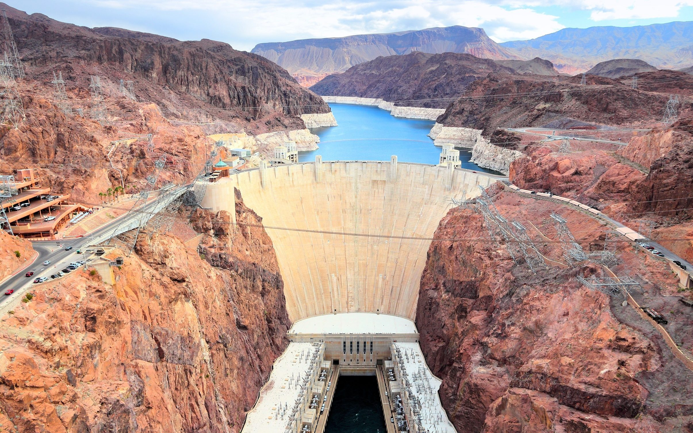 Hoover Dam – the Greatest Project in Times of the Great Depression. What Can Be Done to Achieve Success?